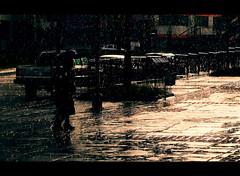 Manizales ((4!)-23) Tags: luz rain umbrella lluvia colombia manizales caminar sombrilla caldas dibujar impresionismo