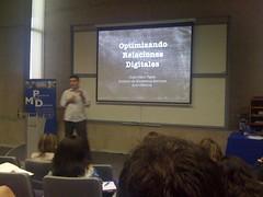 En el seminario ¿como construir marcas en tiempos de crisis? de la UDD (Huasonic) Tags: comunicación seminario udd ¿comoconstruirmarcasentiemposdecrisis