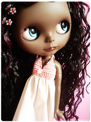 My new chocolate girl :) (Sabrina Eras) Tags: brown bigeyes doll dress mimi plastic chocolat blackblythe primadollie pureneemobody aubrena