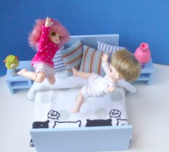 New bed (- Annetta -) Tags: blue ikea jumping bed flora furniture bjd nutella fairyland dollhouse lightblue puki pongpong pukipuki jayou