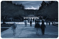 Student Views (Jeff Engelhardt) Tags: seattle longexposure people snow uw monochrome canon vintage campus washington university glacier aged mtrainier selenium 40d jeffengel jeffengelhardt