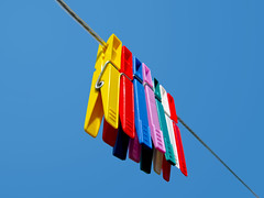 Colourful Clothespins (CoolMcFlash) Tags: sky colors canon wow pin angle sold perspective clips himmel clothes ixus clothesline colourful minimalism simple peg minimalistic bunt gettyimages clothespin wscheleine wscheklammern 870 klammern simpel kluppen
