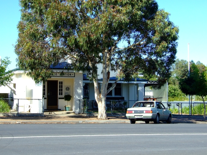 lucindale police station