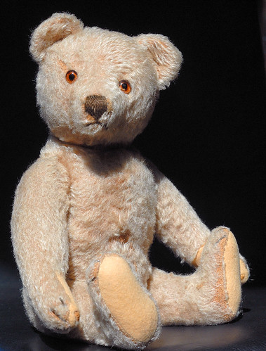 my first Steiff teddy bear (> 50 years old!)