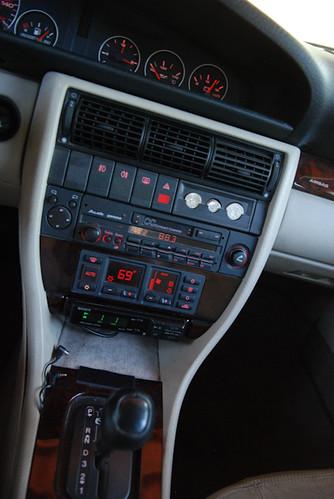 1995_Audi_A6-24