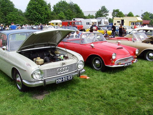 The DKW F 102 was modern in
