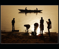 backlight as usual... (lorytravelforever) Tags: people silhouette river hope boat bravo faith prayer varanasi puja fede ganga speranza aplusphoto holidaysvacanzeurlaub artofimages saariysqualitypictures bestcapturesaoi magicunicornverybest magicunicornmasterpiece