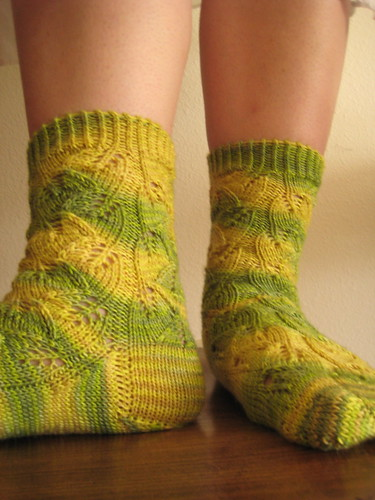 Lemon leaves socks
