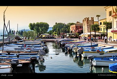 Il lago di Garda...Bardolino..Italy (FIORASO GIAMPIETRO ITALY....) Tags: travel sunset italy lago landscapes photo amazing garda europe natura barche best verona viaggio vacanza visualart vacanze lagodigarda faved veneto greatphoto panorami ladscapes theworldwelivein naturepeople flickrsbest fioraso kartpostal giampietro anawesomeshot colorphotoaward aplusphoto goldcollection holidaysvacanzeurlaub flickraward theunforgettablepictures overtheexcellence goldstaraward alemdagqualityonlyclub grouptripod vosplusbellesphotos artofimages sensationalphoto savebeautifulearth scattifotografici fiorasogiampietro bradolino updatecollection bestcapturesaoi flickrunitedwinner