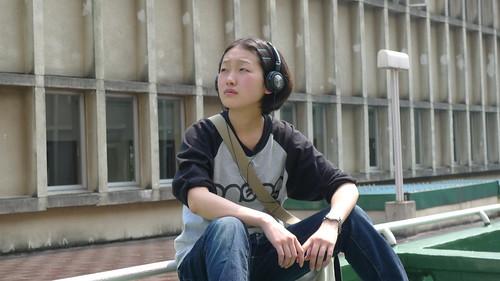 [3PM] Mika (Yumiko Kitazawa) listens to music