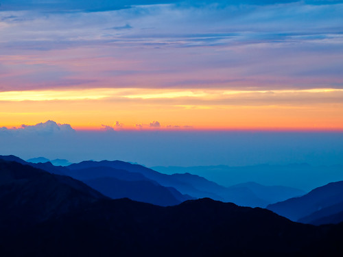 Dawn Colors