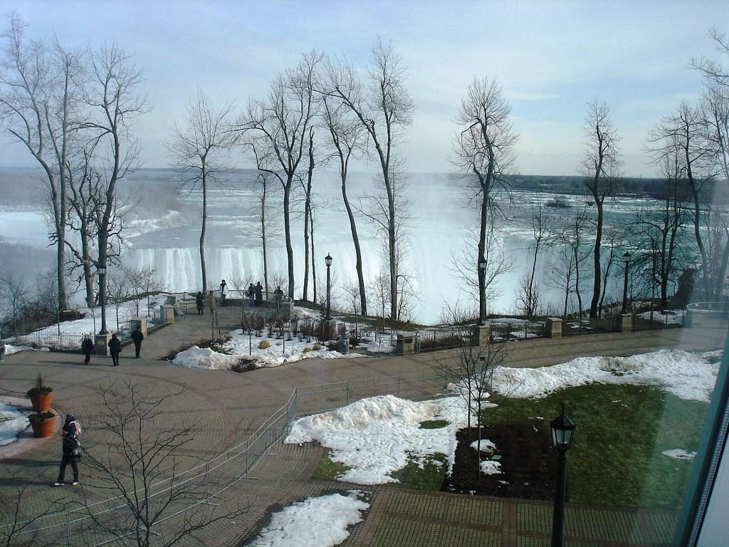 Niagara Falls With Chuck 053i