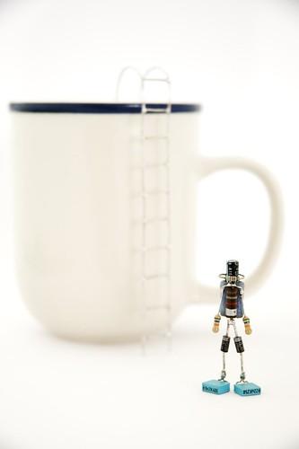 Cup diver