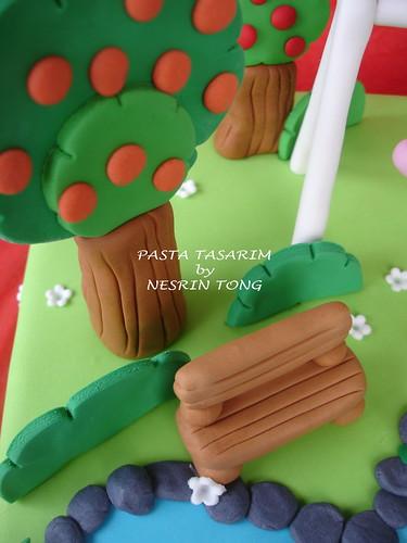 DSC08083-E NAZ'S PLAYGRAUND CAKE