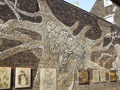 (Stefania Valera) Tags: street city summer streetart berlin station germany deutschland graffiti kunst strasse railway bahnhof ubahn fujifilm mitte pinkeln