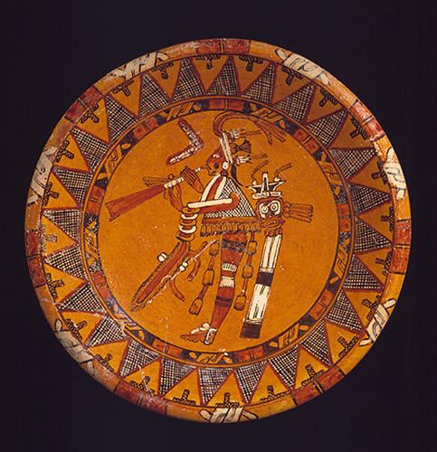009- Plato cerámica con Trompetero-siglo VIII México o Guatemala