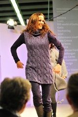 Show goes on (sifis) Tags: show germany sweater nikon knitting long dress koln pullover d300 handknitting 2470