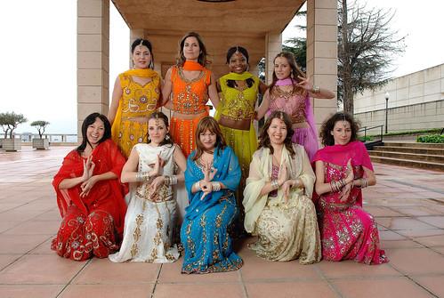 JTS 0898 Desi girls Montjuic group
