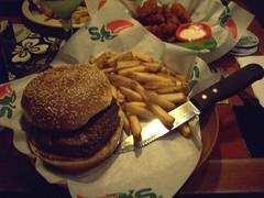 Chilis-La Verne-Mikey's plain burger