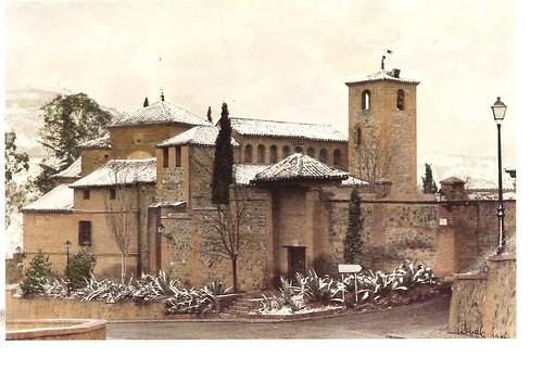 Iglesia de San Lucas bajo la nieve en los años 90. Cortesía de María Isabel Pérez del Pino