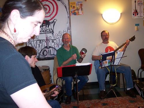 2009-04-22 Jug band class 038