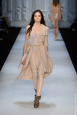 Camilla_and_Marc_Runway10