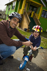 Cycling for All Ages (Bhlubarber) Tags: city portrait urban smile bike bicycle cycling helmet transportation commute omar sacha ringflash ringlight davidniddrie 5dm2