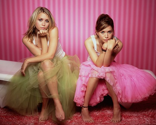 Mary_-_Kate_and_Ashley_Olsen