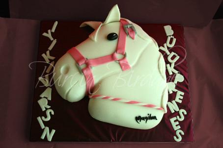 Horse Cake Y