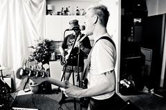 Band - Laj (Åke Brattberg) Tags: friends people göteborg buddies sweden misc location sverige vänner kompisar övrigt hisingen replokal laj rehearsalhall område gteborg vrigt anderslindgren omrde linusgustafsson rehearsalpremises repetitionslokal