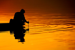 The art of fishing (PacoAlcantara) Tags: sunset lake thailand fishing fisherman asia explore southeast  province     phayao canonef70200mmf4lisusm    explorejun15200966