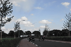 Aerox & DT + Vliegtuigen (robvdongen) Tags: scooter yamaha dt brommer aerox