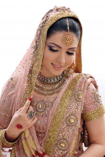 ladies salwar kameez design