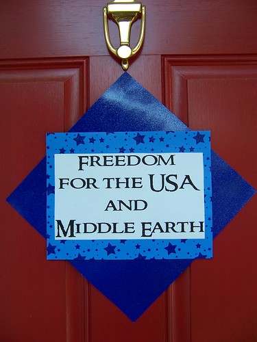 "My 4th of July ""freedom for the USA and Middle Earth"" LotR movie marathon party"