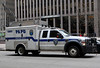 PAPD ESU (ln-obt) Tags: nyc usa ny newyork canon police policecar canonef2470mmf28lusm politi policetruck politibil esu portauthoritypolice emergencyservice papd canoneos1dmarkiii papdesu
