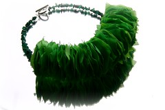 "halssieraad;"" GREEN LEAVES AND MALACHITE"" // neckpiece; "" GROENE BLAADJES EN MALACHIET"" (Anne-Miek Bibbe) Tags: color green fashion necklace beads groen handmade oneofakind nederland jewelry bijoux jewellery jade collar mode sieraad handwerk bisuteria kralen ketting neckpiece bibbs collana handmadejewelry hechoamano uniek bibber bibbe malachiet annemiekbibbe handmadebyannemiek malachitechips halssieraad bibbsbeadsandbuttonswithbellson ambrozentuin annemagicdesign"