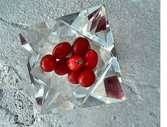 rosenthal crystal F0426tom2a how2stop (madcache) Tags: roof tomato crystal tiny ashtray grape rosenthal 030509 505570f0426tom2a 505490f0426tom2a 620565f0426tom2a 635480f0426tom2a