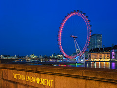 Victoria Embankment (Philipp Klinger Photography) Tags: county uk blue light shadow red england sky color reflection london eye water westminster wheel thames night river gold aquarium hall colorful europa europe long exposure britain united great bank kingdom landmark ferris victoria hour gb flashlight sight dali 1001nights universe soe embankment platinumphoto aplusphoto