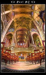 Paris - glise St-Etienne-du-Mont :: HDR (raul_pc) Tags: paris church photoshop canon eos cathedral tripod gothic catedral sigma fisheye igreja raul bp hdr cs4 10mm noiseware photomatix eos450d gorillapod glisestetiennedumont 450d canoneos450d alemdagqualityonlyclub baladesparisiennes