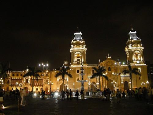 Plaza de Armas de Lima, Catedral & Palacio