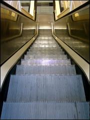 /-\ (HannyB) Tags: escalator symmetry goingdown