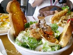 ceasar salad with cajun prawns