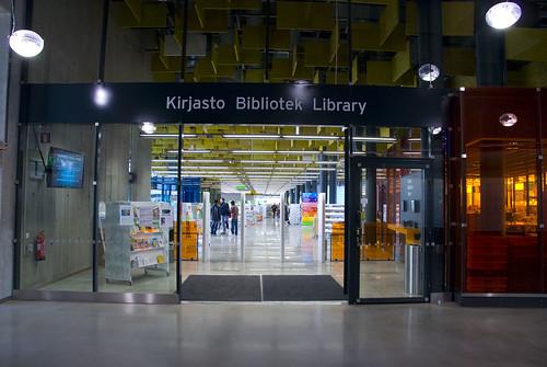 kirjaston-ovi