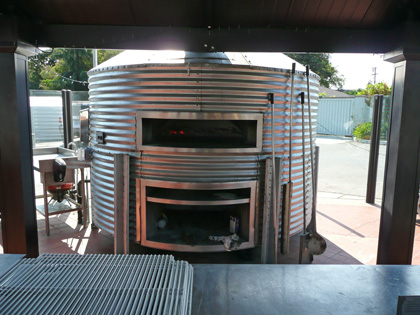 El Toro pizza oven