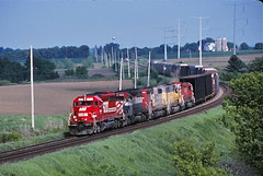 Dodge West, Wisconsin (UW1983) Tags: trains canadianpacific sooline cp railroads dodgewest