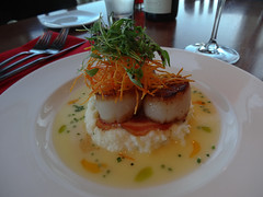 Scallops with Truffled Grits (MSSQUID) Tags: food oregon dinner port lunch restaurant meal seafood dining scallop truffle redfish grits orford