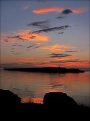 A wonderful evening... (mau_tweety) Tags: sunset sea sky clouds reflections island iceland rocks tramonto nuvole mare colours cielo rocce colori riflessi stykkishlmur isola islanda vesturland