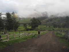 Rob&Colleen - Andes - Day 18R  Tigua to Quilotoa 03 (schnitzelchochos) Tags: tigua robcolleen