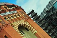 arco principal (Vitor Nisida) Tags: barcelona cidade arquitetura espanha ciudad arena urbana catalunya catalunha arenasdebarcelona
