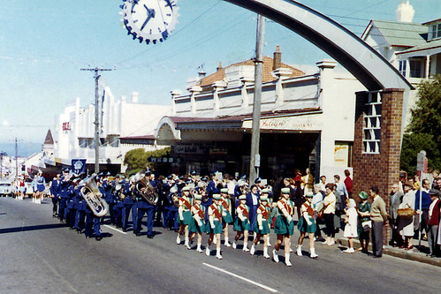 Woolfiesta Parade